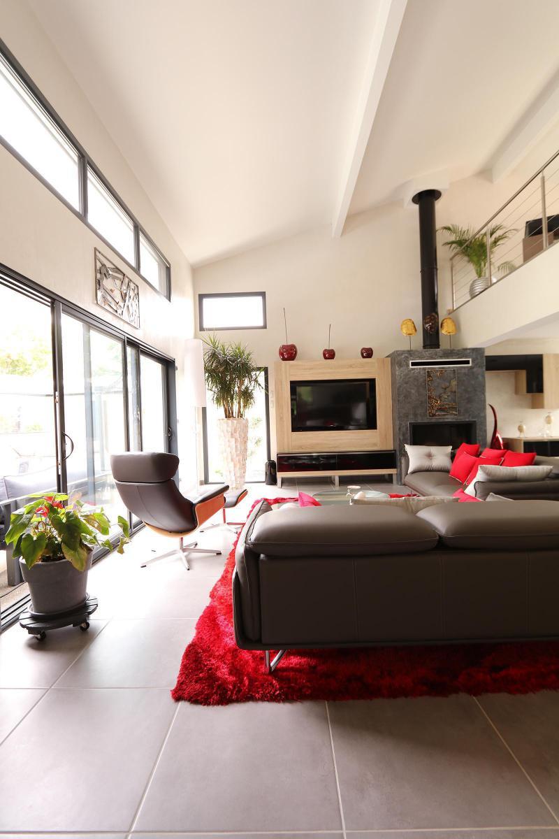 La Maison Contemporaine : la maison contemporaine de prestige igc construction ~ Nature-et-papiers.com Idées de Décoration