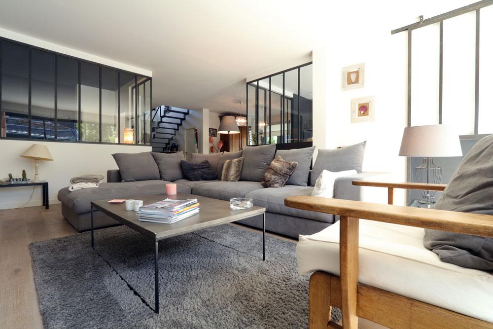 a bordeaux une belle maison de ville contemporaine igc construction. Black Bedroom Furniture Sets. Home Design Ideas