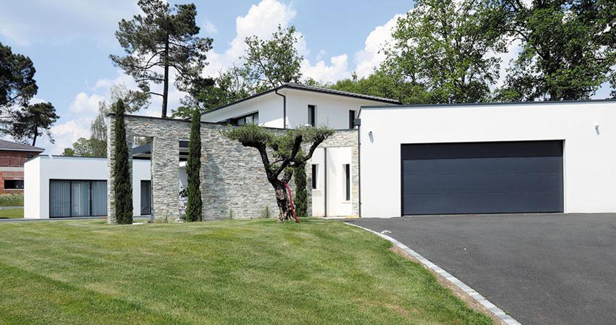 Une maison design aux abords de bordeaux igc construction - Maison design construction ...