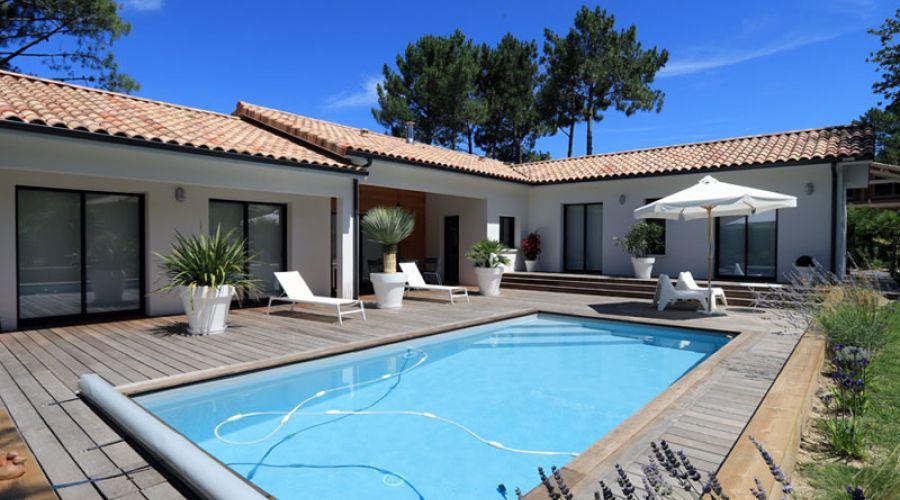 Dans les landes une jolie maison contemporaine de 155 m igc construction - Maison en u avec piscine ...