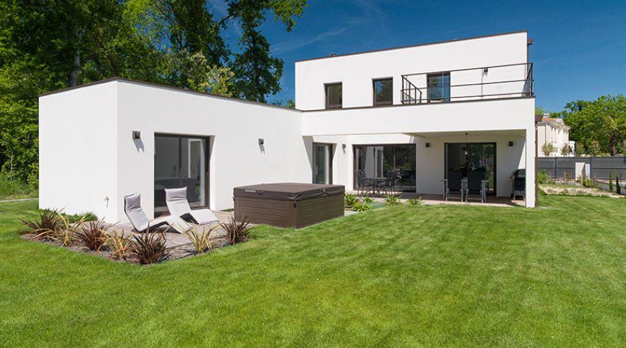 Une Maison Cubique Ultra Moderne Igc Construction